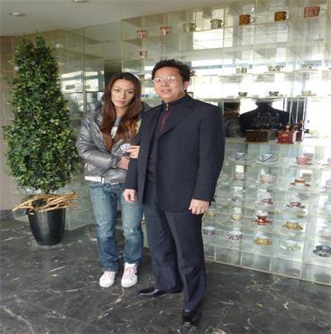 北京-海真与世界游泳冠军韩雪